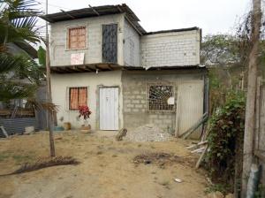 Hus till salu-liten