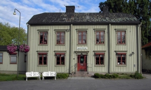 Apoteket_i_Vadstena,_juni_2005